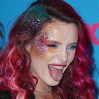 Bella Thorne's glitter-mad look