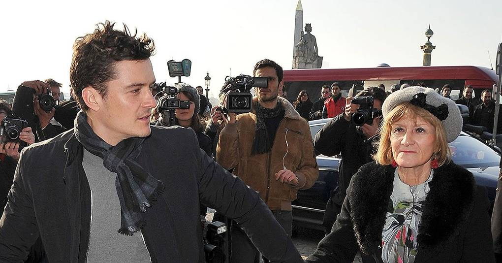 orlando bloom u0026 39 s mum has sent his cv to every newsroom in