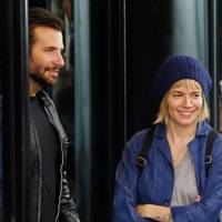 Bradley Cooper & Sienna Miller in American Sniper
